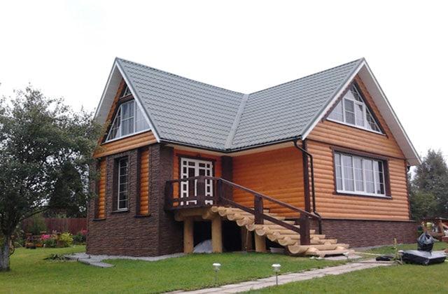 Дом облицованный блок хаусом